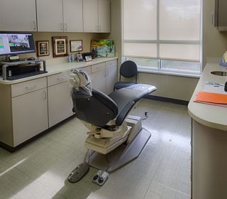 Patient's Quarter Back | Leawood, KS | S & G Family Dentistry, P.A.